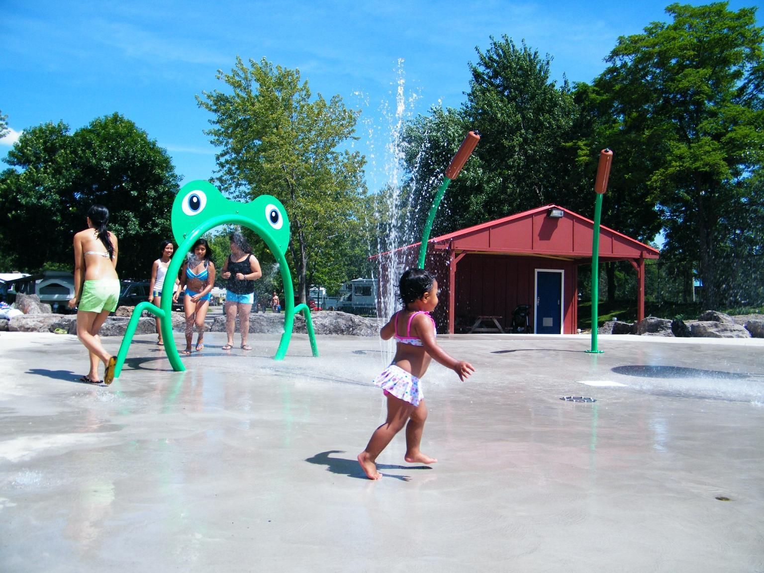 water park slide suppliers, water slide manufacturers, water park ground sprays