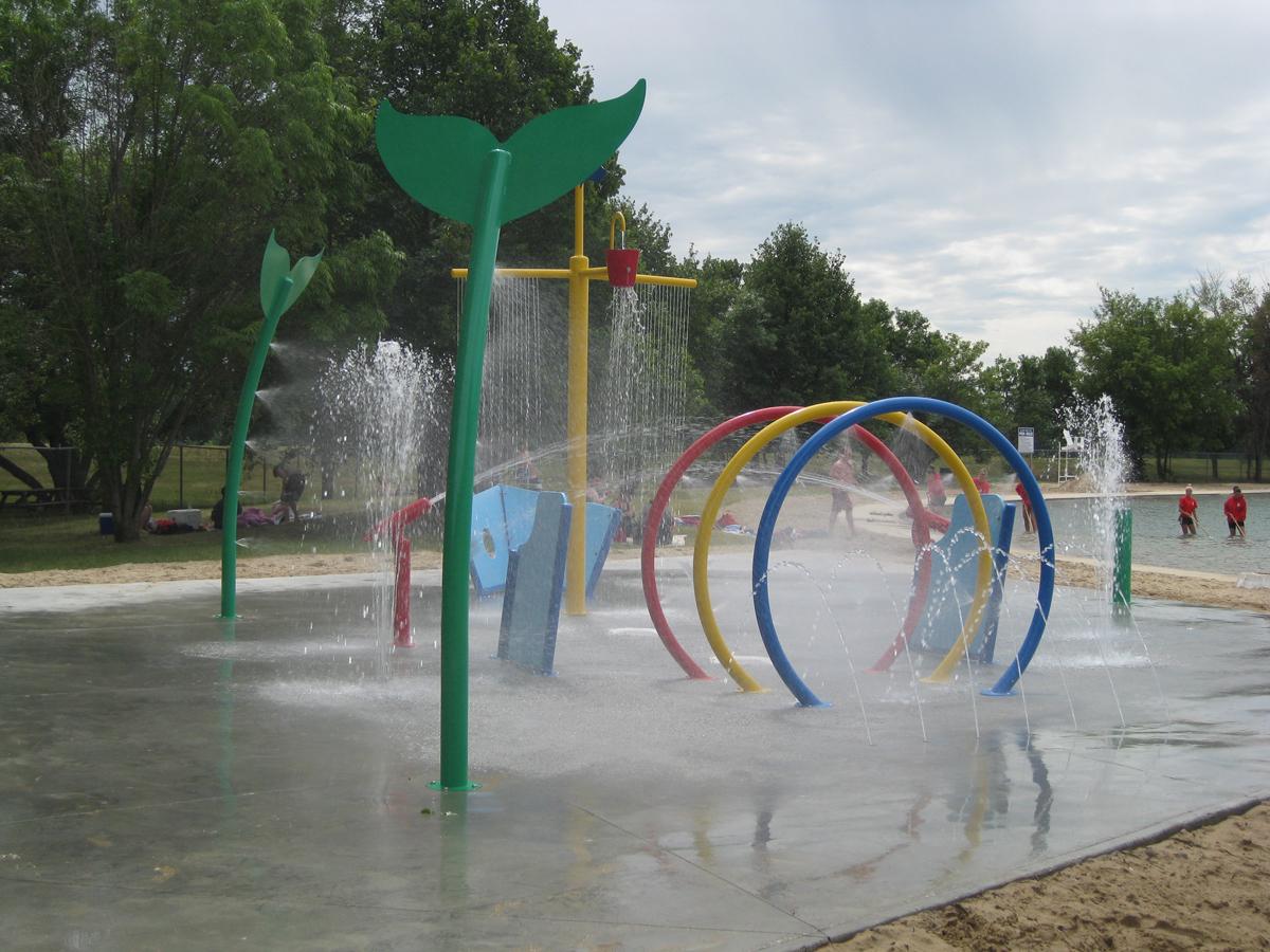aquatic playground equipment, aqua park equipment, spray park equipment