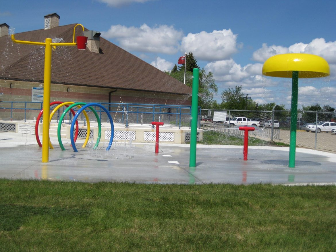 water park equipment suppliers, water park slide suppliers, splash pad manufacturer